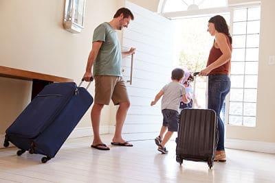 Activation de l'alarme avant le départ en voyage